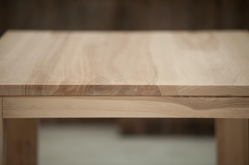 Tavoli moderni in legno vero castagnetti c - Costruire mobili in legno ...